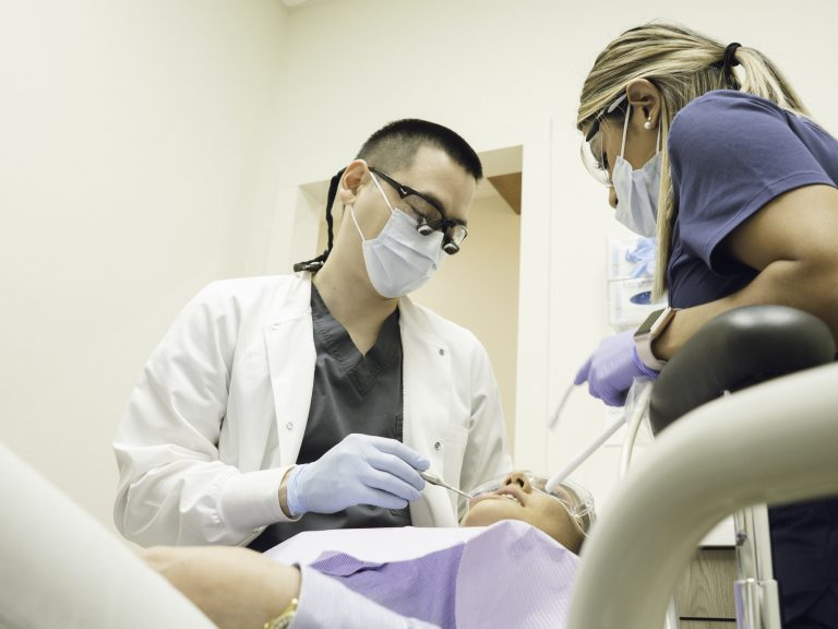 Dr. Baek dentist top dent